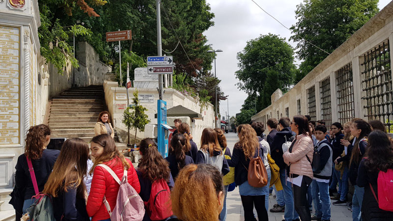 8th Grade students in the Paths of Old Istanbul